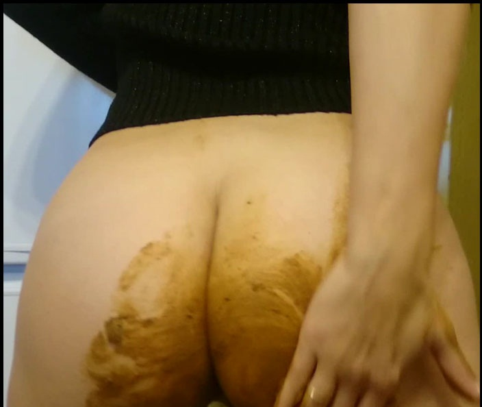 Brown wife extreme shiting in the public hall smearing panty jean