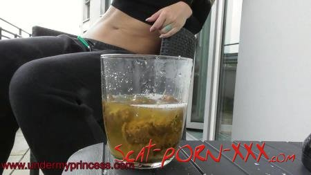 mikadoshop - Lisa balcony backstage shit - Scatology - Solo, Poop [FullHD 1080p]